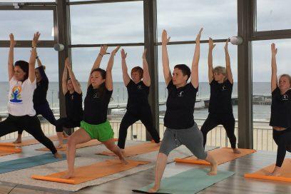 Październikowy kurs jogi dla początkujących