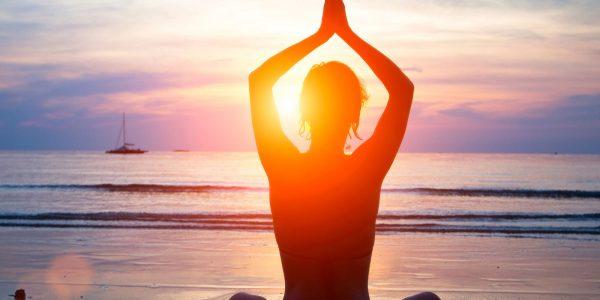beach-yoga1